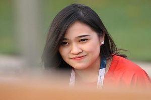 Nhan sắc mê hồn của nữ tình nguyện viên Asiad 'chăm sóc' Olympic VN