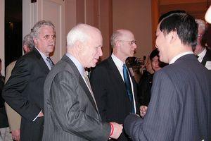 Xin bái biệt huyền thoại John McCain