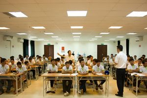 Học tiếng để có cơ hội trúng tuyển làm việc tại Hàn Quốc