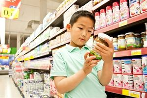Thực phẩm chức năng trẻ em tràn lan: Mất tiền oan