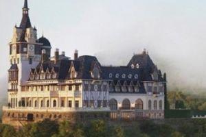 'Soi' năng lực đại gia xây tòa lâu đài tráng lệ trên đỉnh núi Tam Đảo