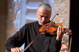Nghệ sĩ violon Stéphane Trần Ngọc về nước biểu diễn