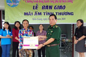 Tặng 'Mái ấm tình thương' cho phụ nữ nghèo trên biên giới tỉnh Kiên Giang