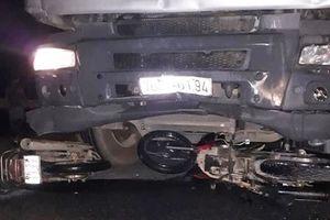 Bắt giữ tài xế xe tải chở dăm gỗ tông 6 người thương vong