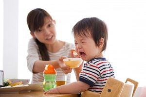 Chiến lược 'tâm lý' cho trẻ biếng ăn