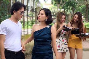 Đừng bỏ lỡ: Phiên bản 'Người hãy quên em đi' do chị Nguyệt thảo mai dạy 'team' Quỳnh búp bê 'thả thính'
