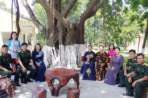 70 năm gắn bó son sắt giữa TƯ Hội LHPN Việt Nam và Tiểu đoàn Bình Ca