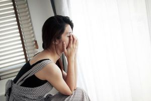 Mẹ đơn thân bối rối khi có nhiều trai trẻ theo đuổi