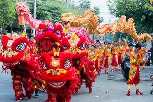 Lân sư rồng trong sắc màu dân gian truyền thống Việt