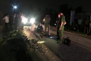 Hai xe máy đấu đầu trên đường liên thôn, 2 thanh niên thiệt mạng