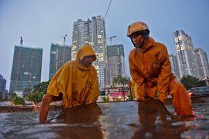 Dự án chống ngập 10.000 tỷ dừng thi công, phải cầu cứu Thủ tướng