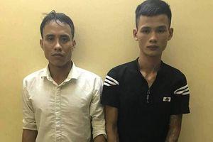 Bắt giữ 2 đối tượng 2 lần cướp giật điện thoại của cùng một thiếu nữ