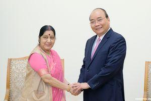 Thủ tướng tiếp Bộ trưởng Ngoại giao Ấn Độ