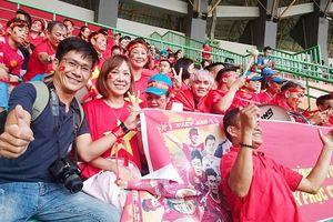 Tour cổ vũ Olympic Việt Nam trong trận bán kết ASIAD 18 đã kín chỗ