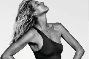 'Biểu tượng thời trang' Elle Macpherson khoe dáng tạc tượng ở tuổi 53