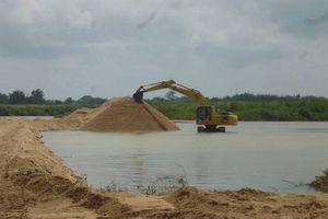 Quảng Nam: Khai thác cát, sỏi trái phép gia tăng, vì sao?