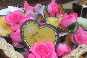 Lễ Vu Lan và nghi thức Bông hồng cài áo – Một nét đẹp trong văn hóa của người Việt