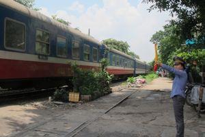 Kiểm tra đột xuất để xử phạt vi phạm an toàn đường sắt