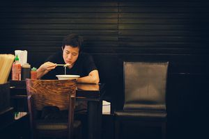 Đàn ông và những quán ăn quen