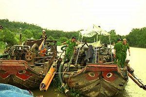 Đồng Nai: Cát tặc đánh chìm 7 tàu để đối phó cảnh sát