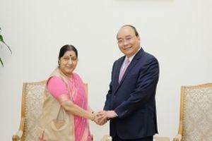 Thủ tướng Nguyễn Xuân Phúc tiếp Bộ trưởng Ngoại giao Ấn Độ S.Swaraj