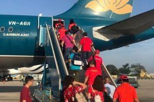 CĐV nhuộm đỏ Tân Sơn Nhất, sang Indonesia xem U23 Việt Nam - U23 Hàn Quốc
