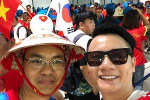 Hoàng Bách, Only C và hàng ngàn người hâm mộ đổ về Jakarta cổ vũ Olympic Việt Nam