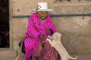 Bí quyết sống thọ của cụ bà 118 tuổi: Hát dân ca và chơi với gà