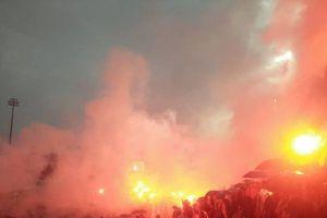 'Chảo lửa' Lạch Tray vẫn rực sáng dù Olympic Việt Nam không giành chiến thắng