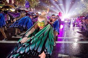 Mardi Gras in Sydney - Hành trình từ cuộc diễu hành bị đàn áp đến lễ hội LGBT lớn nhất thế giới