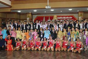 Đoàn thi tay nghề Việt Nam giao lưu với Trường trung học Pakkred, Thái Lan