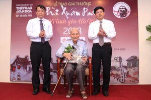 'Kỳ nhân tiền cổ Hà thành' nhận Giải thưởng Bùi Xuân Phái