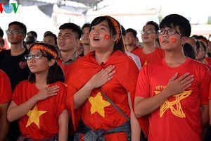 CĐV cả nước tri ân Olympic Việt Nam, dù phải dừng chân tại bán kết ASIAD
