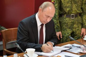 Tổng thống Nga Putin mạnh tay 'trảm' 15 tướng lĩnh