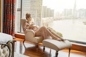 Trải nghiệm nghỉ dưỡng xa hoa theo phong cách resort giữa Sài Gòn