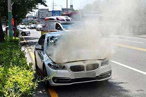 Xe sang BMW cháy tại Hàn Quốc là do lỗi phần mềm