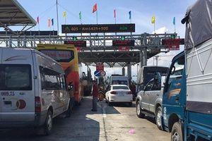 Trạm thu phí BOT Ninh Lộc lại phải xả trạm nhiều lần vì bị gây rối