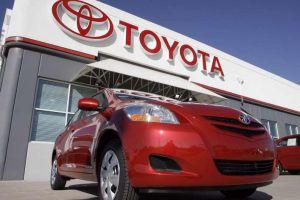 Toyota đổ tiền vào Uber để phát triển xe không người lái