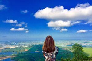Khám phá đỉnh Hòn Vượn tuyệt đẹp tại xứ Huế mộng mơ