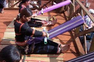 Đăk Nông: Diễn ra Lễ hội Văn hóa Thổ cẩm Việt Nam