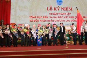 Tổng cục Biển và Hải đảo Việt Nam đón nhận Huân chương Lao động hạng Nhì