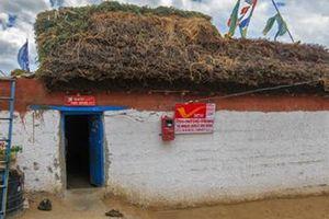 Bưu điện cao nhất thế giới trên dãy Himalaya