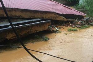 Nhiều trường học ở Quan Hóa vẫn bị mưa lũ cô lập hoàn toàn