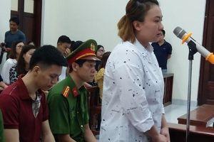 Hà Nội: Đang xử vụ bố đẻ và mẹ kế hành hạ bé trai 10 tuổi dã man