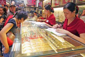 Cập nhật giá vàng 31/8: Vàng SJC theo vàng thế giới tăng giá