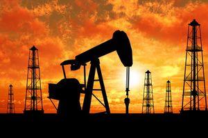 Tăng mạnh, giá dầu vượt 70USD/thùng
