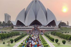 Hành trình khám phá đền hoa sen đẹp tuyệt vời ở Ấn Độ