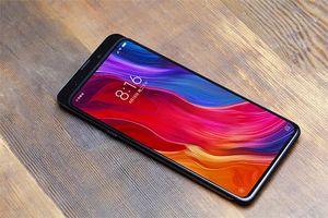 Sếp Xiaomi khoe ảnh Mi Mix 3 màn hình tràn viền sắp ra mắt