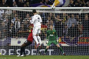 Bốc thăm chia bảng Champions League: Ronaldo đối đầu M.U; Barca, Liverpool vào bảng tử thần