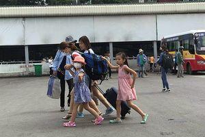 Người dân bắt đầu đổ ra bến xe nghỉ lễ Quốc khánh 2/9 sớm
